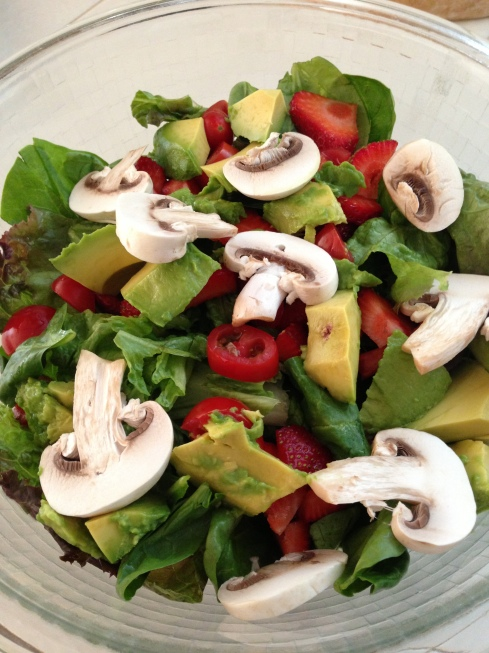 Spinach Salad with Strawberries, Tomato, Avocado, and Mushrooms by Eat Nap Play